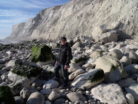 Roy Shepherd fossil hunting at Beachy Head