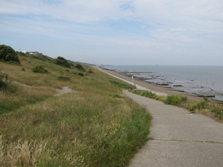 Footpath at Beltinge leading to Herne Bay