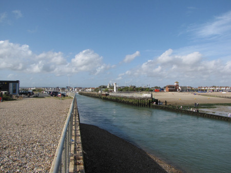 Littlehampton River Arun entrance